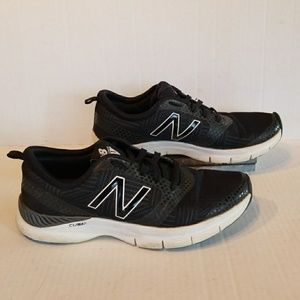 New Balance 711 women's shoes size 7B